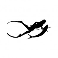 Diver Diving Underwater  01839